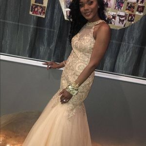 GOLD DIAMOND STUDDED MERMAID PROM DRESS